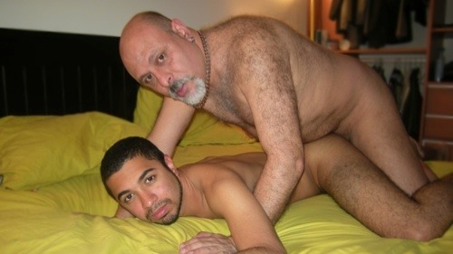 Gay Massage At Home With Horny Massage Guy